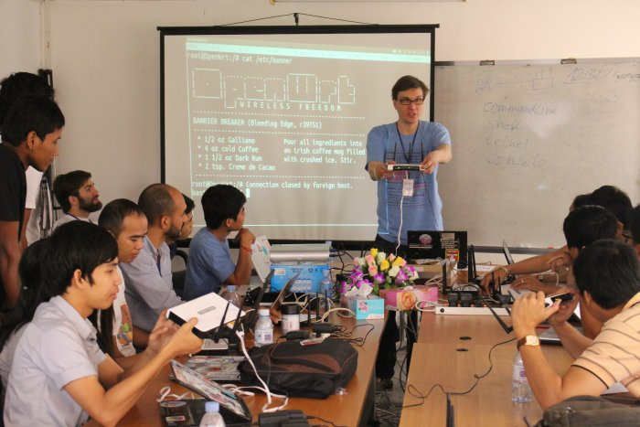 OpenWrt in Asia, FOSSASIA Workshop in Phnom Penh